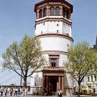 Der Schlossturm beherbergt das Schifffahrtmuseum