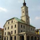 Das Rathaus von Gliwice auf dem Marktplatz